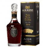A.H. Riise Non Plus  Ultra + Gb 70cl Vol 42%